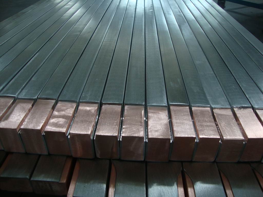 Bimetallic Metal Cathode Conducting Bar